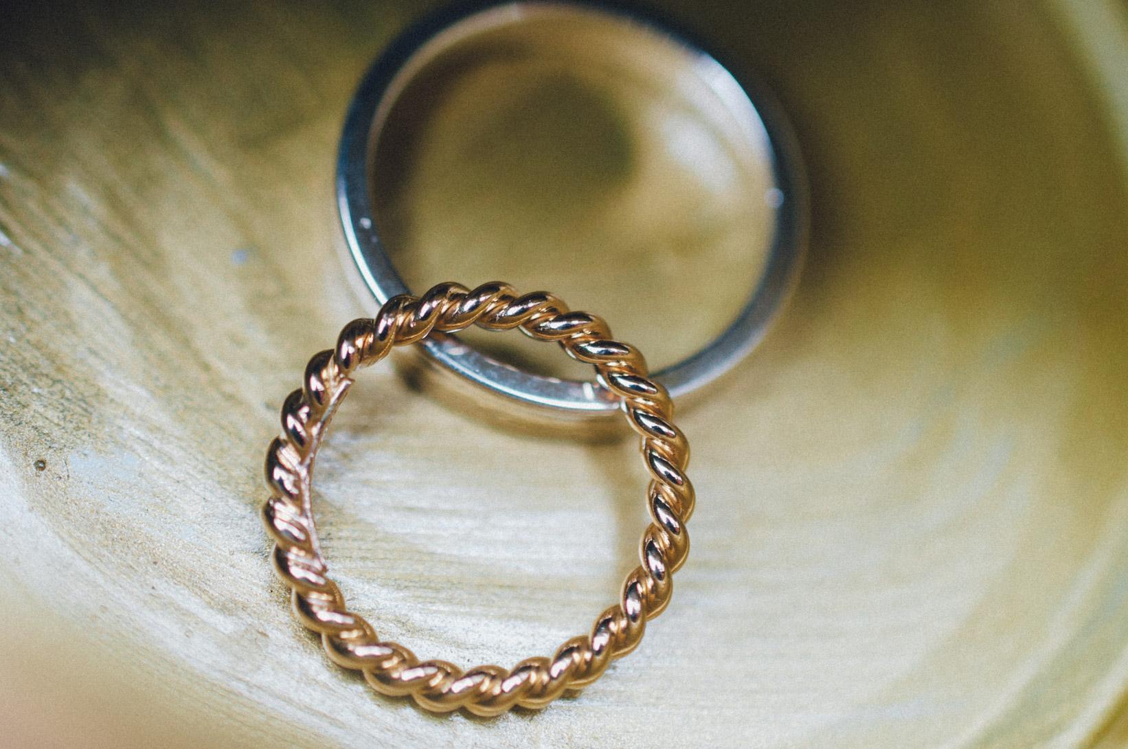 DIY-Hochzeit-gold-VW-Bully-48