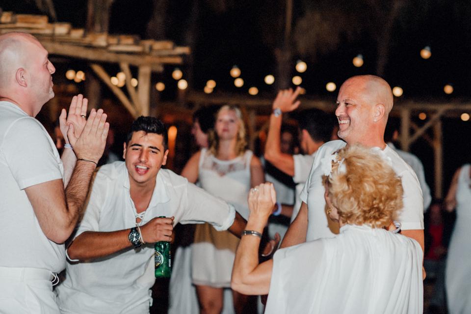 love-wins-beach-wedding-128